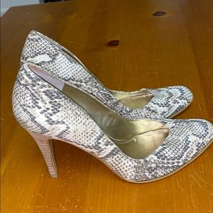 Nine West snake print stilettos size 7.5